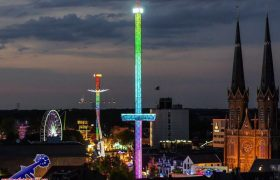 Newest and largest attraction on funfair Tilburg built in Middenmeer